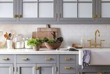 Kitchen Remodeling Ideas / Ideas and inspiration for inviting, cozy kitchens.