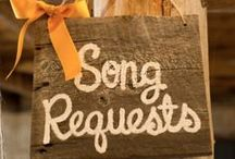 Wedding Music / Lovely tunes & lists that will make your wedding party the best one yet!