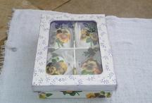 Caixa com sabonetes / Buffet de Ideias em Artesanato