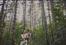 Out in the woods / Pinewoodweddings love the woods! Let's celebrate there!
