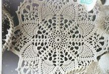 Crochet doilies and tablecloths - CHARTS