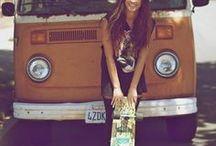 Volkswagen Bus girls