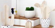 DIY mit Holz / DIY Projekte aus Holz: Ob selbstgebaute Möbel wie eine Sitzbox, ein Schrank oder eine Garderobe, oder Untersetzer, Schneidebrettchen, Buchstützen oder DIY Geschenke, aus Holz kann man viele tolle Dinge zaubern.