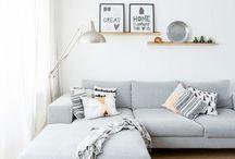 Wohnzimmer / Schöne Wohnzimmer, skandinavisch, schlicht und  hell! String Regale, Eames Stühle, hay, Ikea, ferm living...