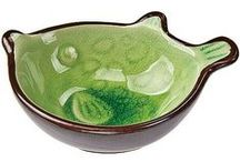 Ceramic Sauce Dishes / Traditionally these are used for soy sauce and other condiments, but they also make great vessels for jewelry, candles, floating flower arrangements, and more. Crackle-glazed stoneware. Microwave safe. Hand wash only.