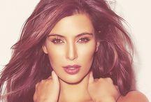 Kim Kardashian / I'll admit to loving her, will you?