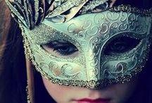 Vad är väl en bal på slottet.. Ingenting mot en maskeradbal! / När jag fyller 30 ska jag ha en maskeradbal, så det så!