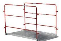 Balisage de chantier / Retrouvez sur matériel-btp.fr tout le matériel de balisage de chantier pour les travaux publics tels que séparateurs de voies, clôtures mobiles de chantier, cônes de signalisation, rubans de signalisation... etc
