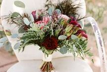 Wedding Bouquets and Flowers / Beautiful wedding bouquets, wedding centerpieces and floral inspiration for your wedding day.