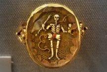 Memento Mori & Mourning jewels
