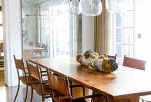 Eetkamer ♥ / Wij zijn constant opzoek naar wooninspiratie om onze Collectie Meubelen te verfijnen. Deze inspiratie delen wij graag met u! Prachtig hoe Landelijk, Modern, Vintage en Antiek zich met elkaar laten combineren ♥ www.inndoors.nl