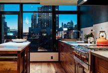 Keuken ♥ / De keuken is voor bijna iedereen het hart van het huis. Hier wordt geleefd, genoten, gekookt, gekletst onder het genot van een kop thee of koffie. Creëer een prettige leefkeuken waar u graag verblijft ♥ www.inndoors.nl