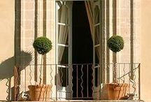 Balconies / Balconies around the world