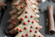christmassy things. / Oh, how I love December! / by Kym Piez
