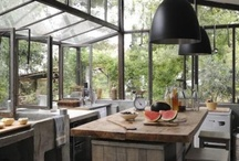 Interiors - Kitchens  / by Cláudia Domingos