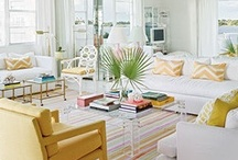 Interiors - Living Rooms / by Cláudia Domingos