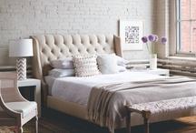 Interiors - Bedrooms / by Cláudia Domingos