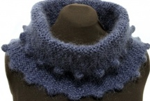 Infinity Scarf, Mobius and Cowls / by Maureen Brooks