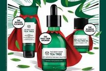 The Clear Skin SUPERHEROES! / Tea Tree is clinically proven to clear and hydrate. The range also uses tamanu oil extract which is reputed to help generate new tissue and improve the healing process for skin. So say goodbye to shine and hello to clear skin!