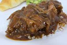 EASY SLOW COOKER RECIPES / It's easy to create the best healthy and easy meals using your slow cooker.   Use your slow cooker to prepare everything from BBQ to Pot Roast to Chicken to Soup to Dessert.