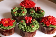 Poinsettia cakes, cupcakes and pops