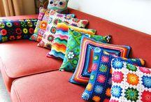 Pillows & Blankets & Handbags