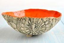 keramika - misky, táci, talíře, vázy ..