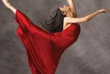 Red / by Paula Macedo