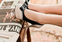 FPP #Shoes / We walk; we live. I love shoes and pictures of shoes and everything about shoes.