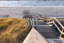 Sylt / Ja genau! Auch auf Sylt kann man den Rawganic Juice kaufen und sich am Strand so richtig gut schmecken lassen. Wohl bekomms :)