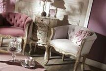 Collection Charme / Meubles de charme - commodes, buffets, fauteuils