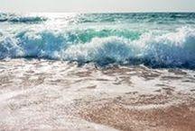 Attimi di Sardegna / La vita in #Sardegna è forse la migliore che un uomo possa augurarsi: ventiquattro mila chilometri di foreste, di campagne, di coste immerse in un mare miracoloso dovrebbero coincidere con quello che io consiglierei al buon Dio di regalarci come Paradiso.                                                                 - Fabrizio De André