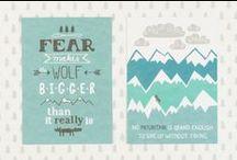 Muumuru postikortit / postcards / Postikortti on oiva tapa onnitella ystävää, tuttavaa tai sukulaista merkkipäivänä. Hienoista postikorteista voi myös koota kollaaseja vaikka Muumurun julisteiden kanssa. Postikortit on painettu 300g paksulle 100% uusiopaperille ja niiden koko on 10,5 cm x 14,8 cm (A6). /// A great selection of cool postcards to send any occasion or to make a small pretty decor to your home. Postcards are printed on 300g recycled paper. Size: 10,5cm x 14,8cm (A6).