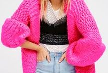 ♥ Cardigans ♥ / Cardi fashion. How to wear a cardigan. Cardigan style tips. The do's and don'ts of wearing cardigans. Different outfits with cardigans. Tips on buying and wearing cardigans.