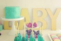 Baby shower / Bébé arrive !! ou bébé est là, peu importe, il faut célébrer sa venue. Fille ou garçon, inspirez-vous, gâteaux, candy bar, cadeaux, jeux, carte d'invitation etc, vos invités seront gatés