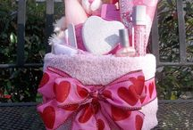 gift baskets / One stop shop for gift basket ideas