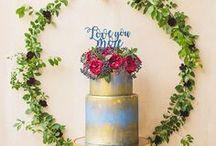 Wedding cakes / amazing wedding cakes and desserts, naked cakes, ombre wedding cakes, wedding cakes with glitter.