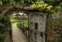Secret Garden / .