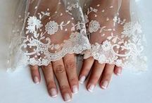 lace and nude / chic and sensual 'barely there' lace trend