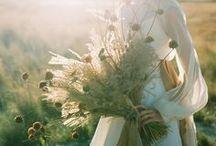 wheat and honey wedding styling