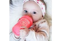 Twistshake - Easy gripping / Twistshake's baby bottle is super easy to grip with its exceptional design.