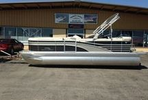 Bennington pontoons / Midwest Marine is your premeir dealer for Bennington Pontoons and Tri-toons.  Serving the greater Kansas City area and Lake of the Ozarks.