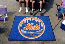 MLB - New York Mets Fan Cave Decor, Tailgating Gear and Car Accessories / Find the Latest Decor for New York Mets Man Cave, Tailgating Supplies and Buy Automotive Fan Gear for your MLB Car or truck