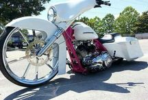 ~*Badass Baggers*~ / That extreme bike called a Baggers..... / by Diana Fisher