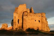 Zamek Mirów/Mirov Castle / Zamek Mirów na Jurze Krakowsko-Częstochowskiej/ Mirov Castle in the region of Jura in Poland