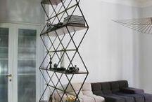 bookshelf / books and corners for books
