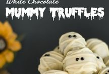 Halloween Fare / Halloween treats for both young and old alike.