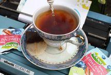 Mooie theezakjes / Bijzonder verpakte theezakjes blijven één van onze favoriete kleinigheidjes om mee te sturen in een poststuk.