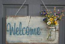 Wreaths, door decor -koszorók, ajtódíszek