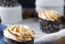 Cupcakes / Cupcake recipes, cupcake decorating techniques, cupcakes, cupcake frosting